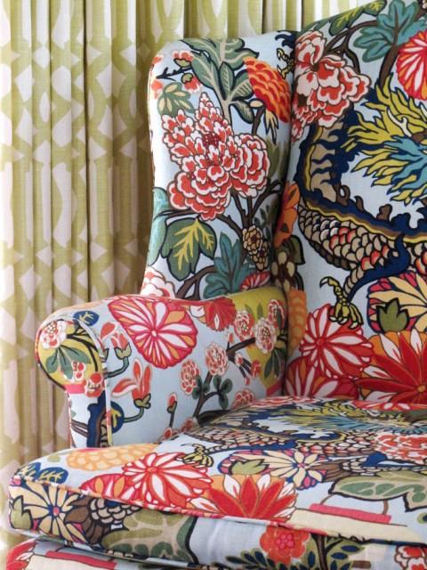 dragon-chair-detail