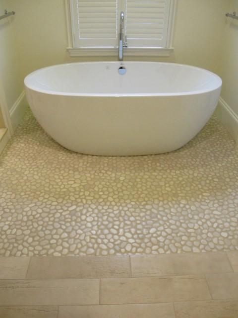 oval-soaking-tub